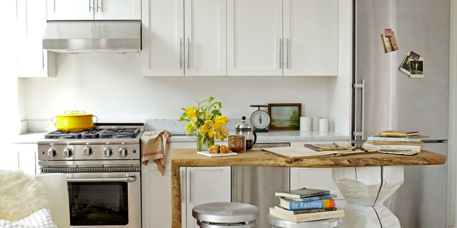Tips to make your small kitchen feel large - Darek & Sons Remodeling ...